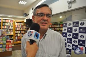 O romance foi baseado em uma das viagens realizadas para o Peru e Bolívia, no inicio dos anos 2000