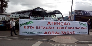 protesto-estacao-tubo-261113-bandab