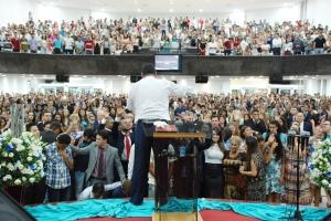 Nave da igreja IEADC: Fotos Ulisses