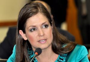 Para a vereadora Carla Pimentel (PSC), a proposta (005.00131.2014) é de cunho educacional, não religioso