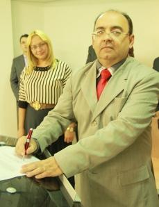 O novo dirigente, o evangelista Rosimberg de Castro. Fotos de Marcos Pereira
